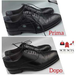 Nella foto una scarpa classica in pelle nera che è stata riparata. Foto prima e dopo la riparazione